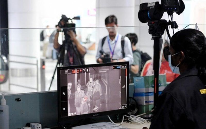 thermal-scanner-airport-malaysia-bernama-1