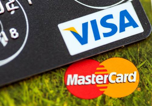 pay off credit card with another credit card