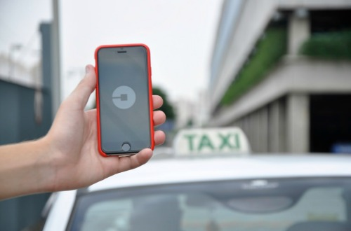 Uber vs Grab: Which Ridesharing App is the Best?