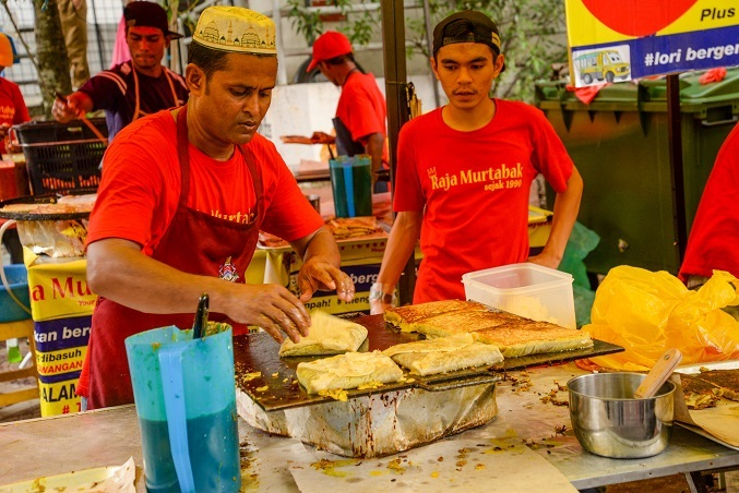 Unique Malaysian Food You Must Try At Bazaar Ramadan