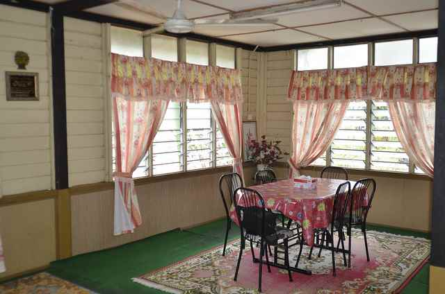 kampung house furniture