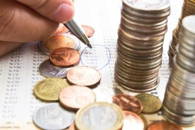Should you dump your savings account for a fixed deposit?