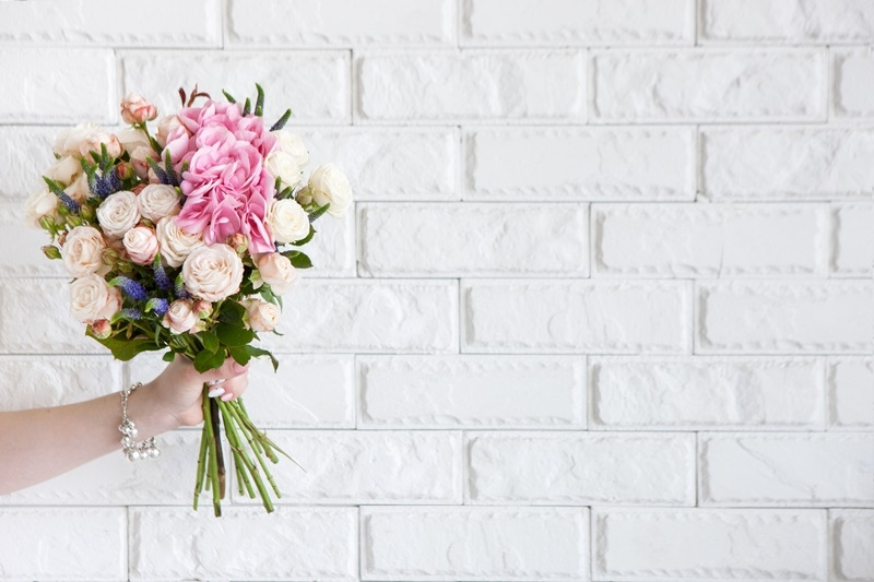 Online Flower Delivery Services Below RM150 For Valentine's Day